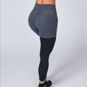 Muscle Nation scrunch butt